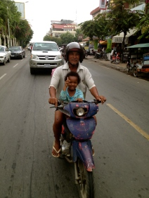 This little girl called out to me and the Dad gave me the ok to take their photo as they followed behind my tuk tuk.