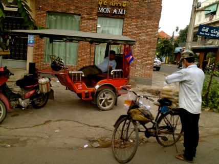 In between jobs, you often see the tuk tuk drivers taking a little nap beside the road.